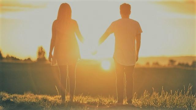 Pasar tiempo de calidad con mi pareja para ayudar a la terapia de pareja online